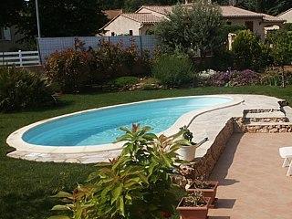 Piscine coque polyester atlantis picardie piscine for Piscine atlantis