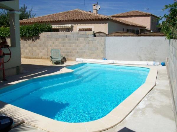 piscine coque palma 2 picardie piscine. Black Bedroom Furniture Sets. Home Design Ideas