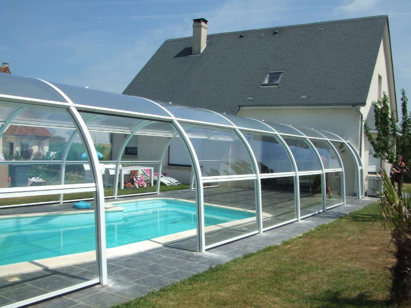 R alisations d 39 abris de piscines for Construction abri piscine