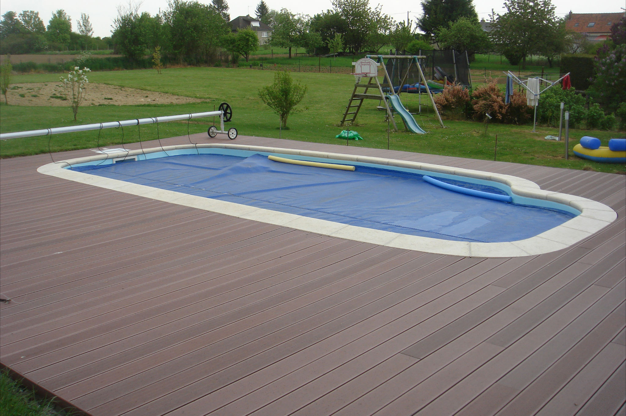 Nos r alisations piscine coque polyester picardie peronne for Piscine ibiza
