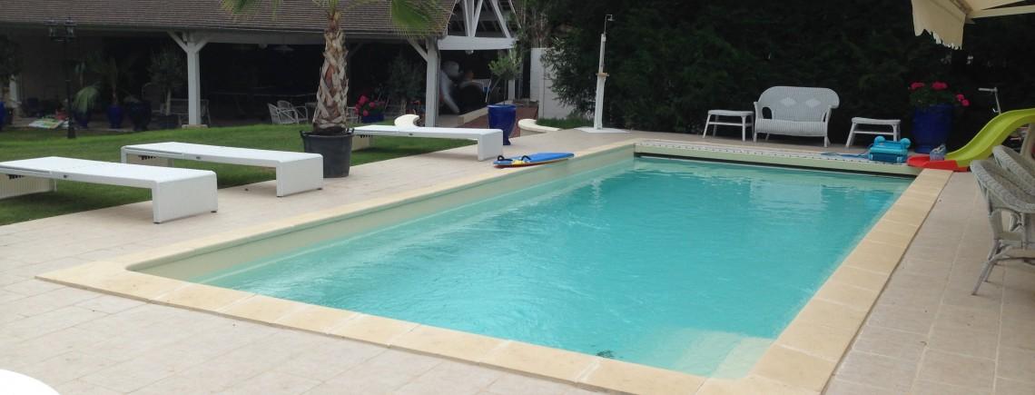 Piscine terrasse et abri de piscine picardie piscine for Piscine 02 peronne