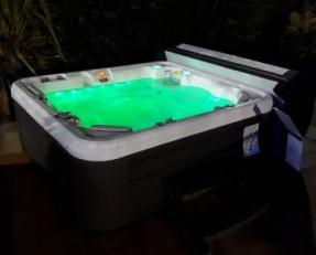spa weekend 536L eclairage vert